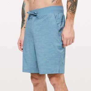 Lululemon Men's T.H.E Short (size XL)